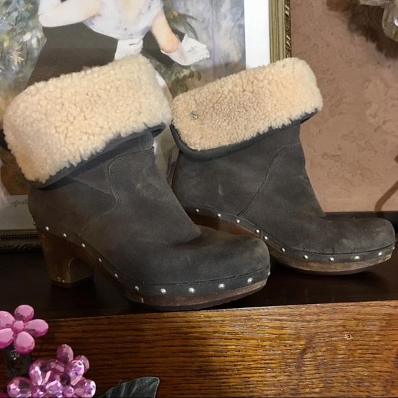Details zu Women's UGG Lynnea 1955 Black Suede Shearling Wood Clog Boots Size US 10